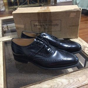 Johnston & Murphy Black Wingtip